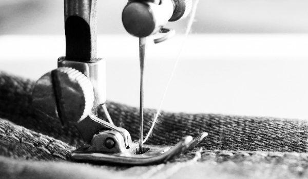 industria tessile- dettaglio macchina da cucire