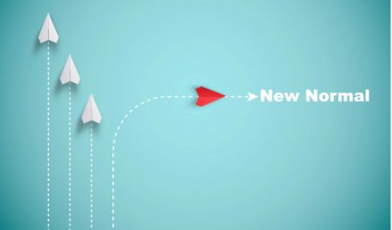 Barchetta che va verso un nuovo percorso_simbolo delle aziende per la ripartenza