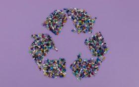 materie prime compongono il simbolo del riciclo